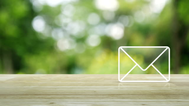 mail icon, contact us concept - e mail filmów i materiałów b-roll