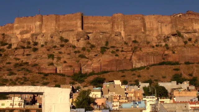 vidéos et rushes de majestic mehrangarh fort en jodhpur, rajasthan, inde - forteresse