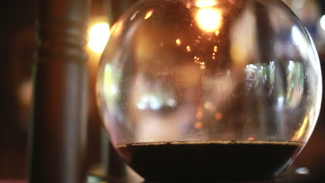 Make coffee dripping video