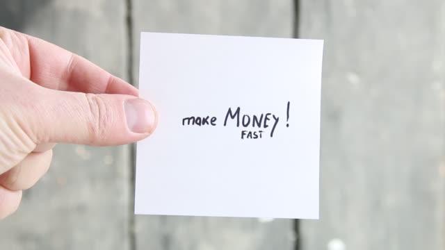 make money fast - поститься стоковые видео и кадры b-roll