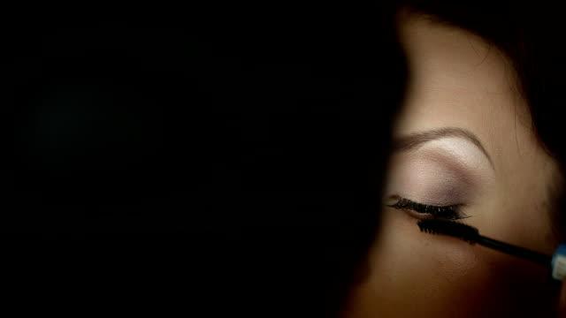 Make up a woman video