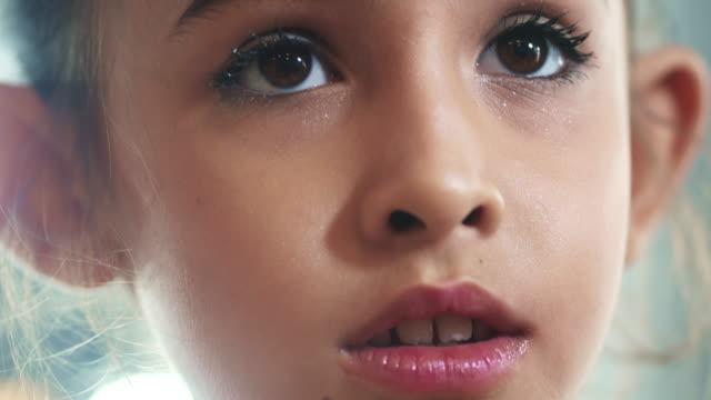 Make Up : Pre-Adolescent Child