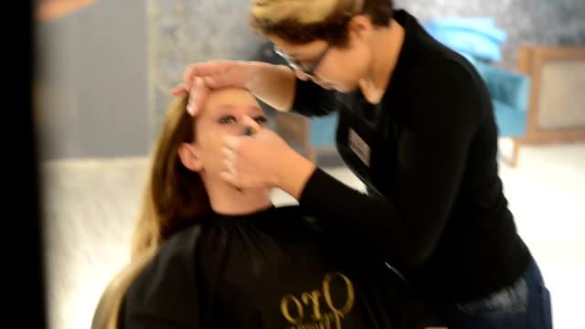 make up video