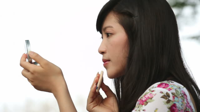 Make-up video
