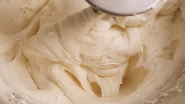 Making Cream Cheese Frosting in an Electric Stand Mixer - 4K video