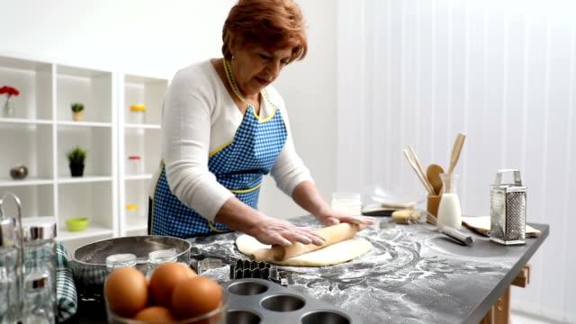 Making dough video