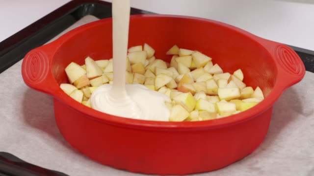 Making homemade apple pie Charlotte baked in silicone mold step-by-step video
