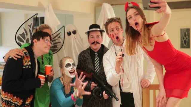 vídeos y material grabado en eventos de stock de hacer recuerdos - halloween