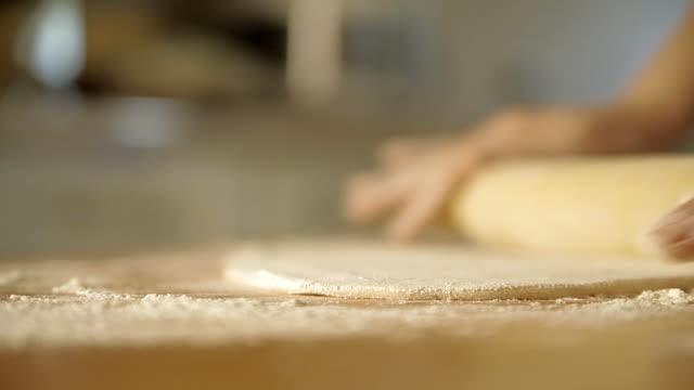 の餃子作り ビデオ