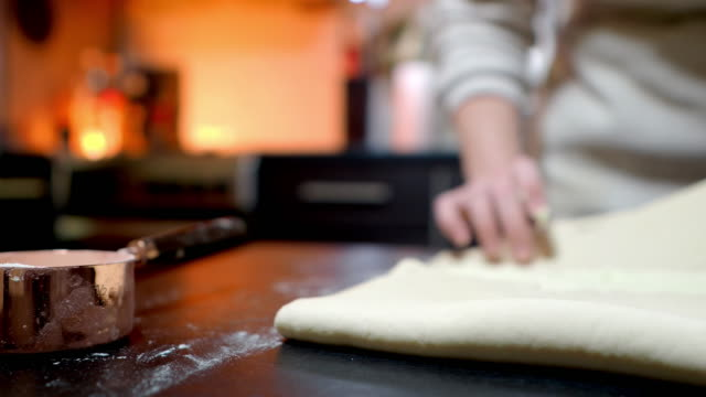 Making puff pastry dough
