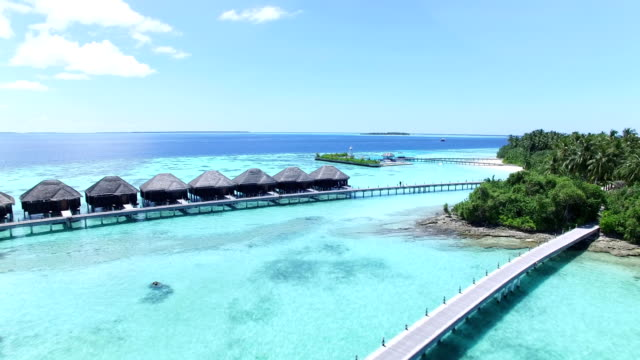 maldives, tropical paradise - ayada island - località turistica video stock e b–roll