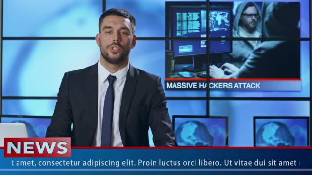 stockvideo's en b-roll-footage met mannelijke nieuwspresentator spreken over hacker aanval - estland