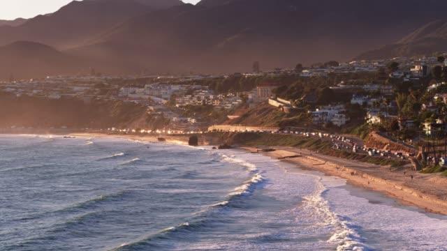 malibu, kalifornien - flygfoto - kustlinje bildbanksvideor och videomaterial från bakom kulisserna