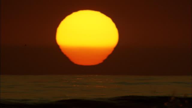 Malibu Sulset Sun XCU video