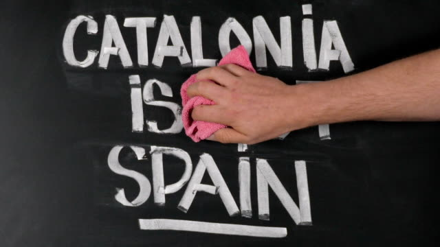 Man against the separation of Spain and Catalonia video