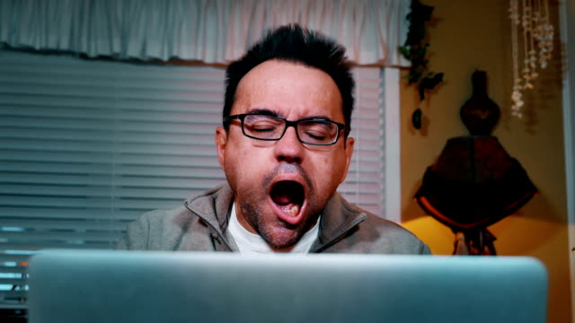 stockvideo's en b-roll-footage met man blown away by internet speed - blazen