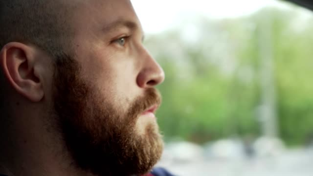 man driving a car - autista mestiere video stock e b–roll