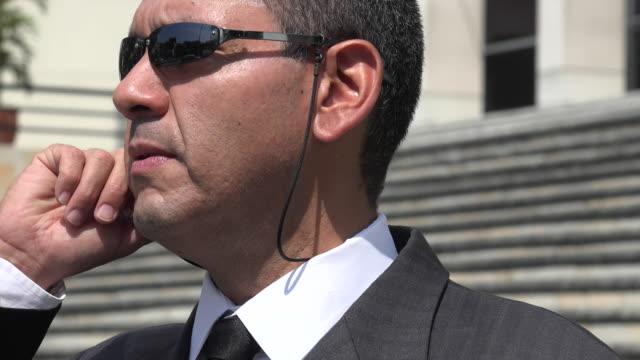 człowiek w strój biznesu, cia, fbi agenta - szpieg filmów i materiałów b-roll