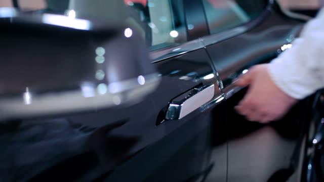 Man open the car's door video