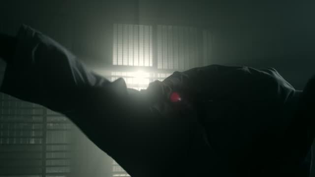 空手を実行する男 - 武道点の映像素材/bロール