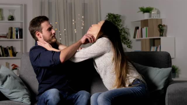 Man rejecting sex with woman in first date