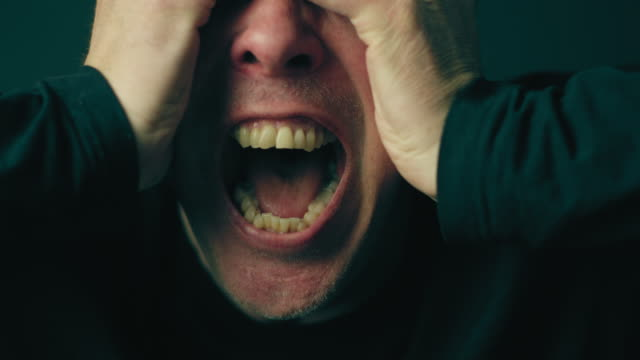 man screaming in anger and frustration - furioso video stock e b–roll