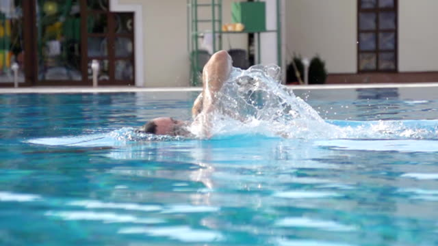 HD SUPER SLOW-MO: Man Swimming Front Crawl video