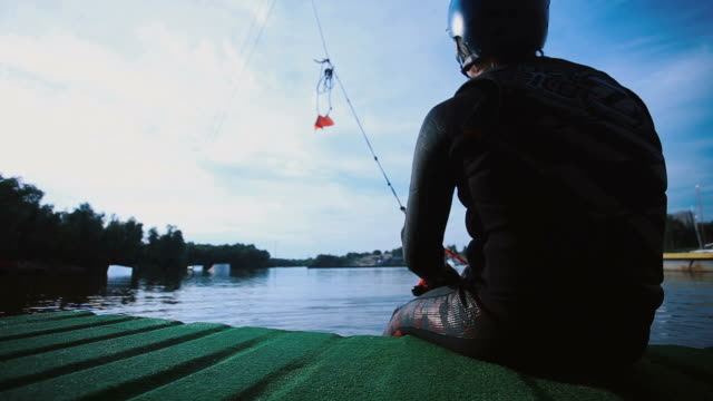 Man wakeboard dispersed using a winch video