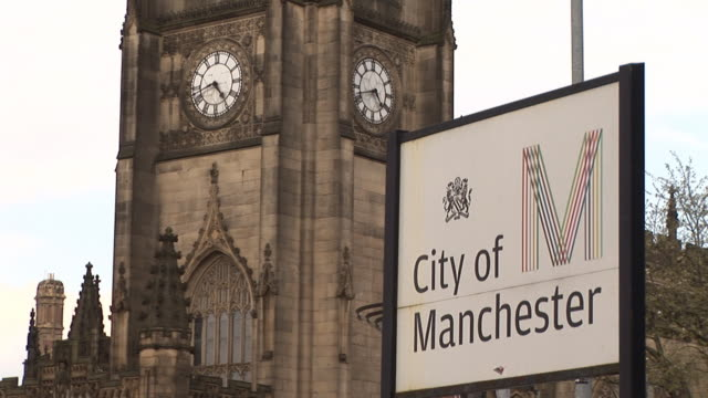 cattedrale di manchester & & pal-hd - manchester inghilterra video stock e b–roll