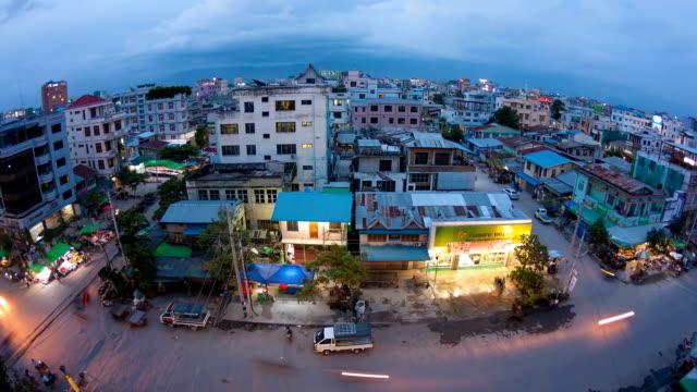 mandalay città time lapse - myanmar video stock e b–roll