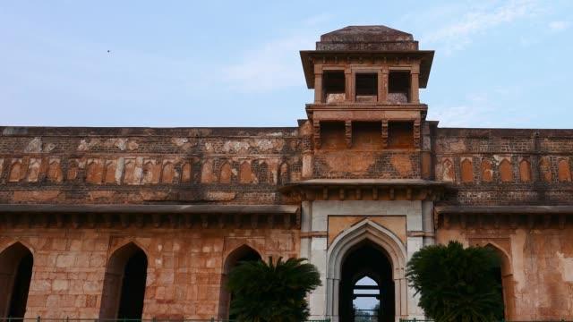 Mandu India, afghan ruins of islam kingdom, mosque monument and muslim tomb. Jahaz Mahal. video