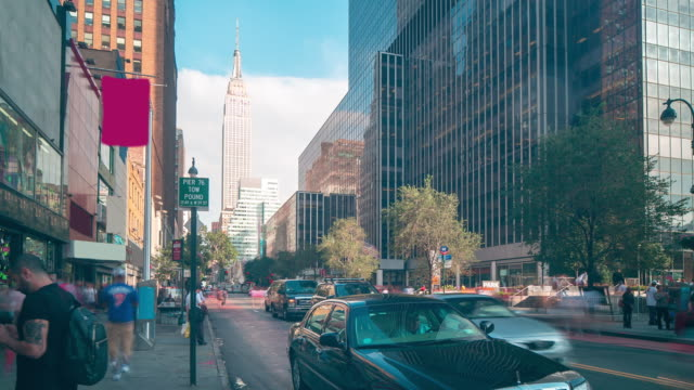 manhattan block with empire state building 4k time lapse from nyc video