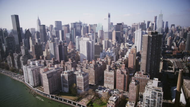 HD VISTA AÉREA: Do East River de Manhattan - vídeo