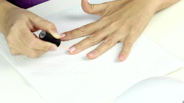 Manicure in process video