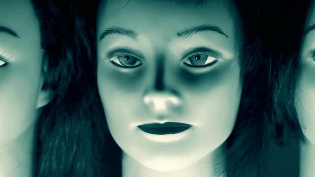vidéos et rushes de têtes d'expression modèle mannequin - mannequin