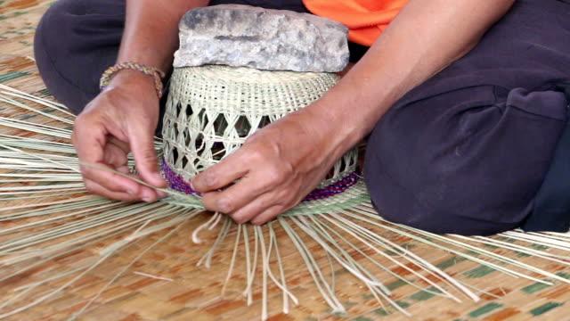 manual work asia - halmslöjd bildbanksvideor och videomaterial från bakom kulisserna