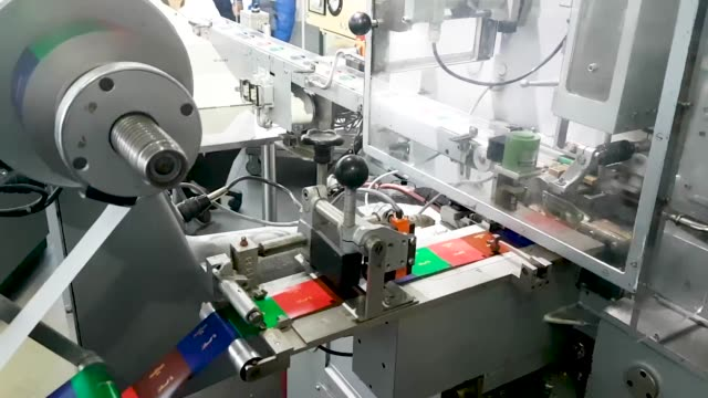 Manufacturing process of chocolate candies in Cologne
