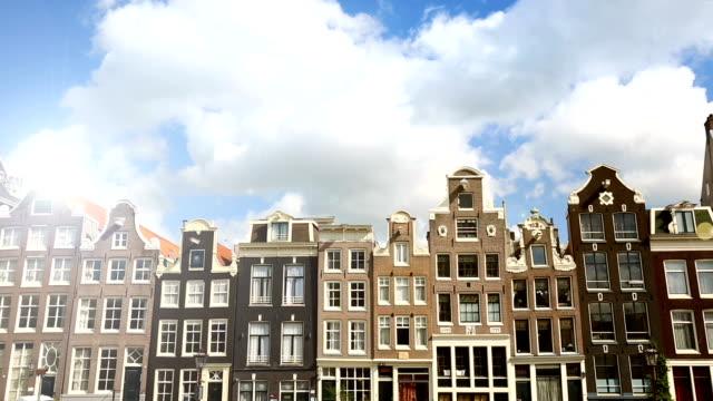 Viele alte Häuser in Amsterdam, Zeitraffer – Video