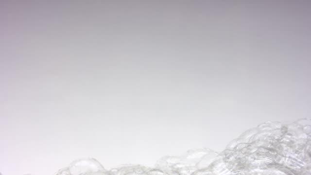 Viele soap bubbles – Video