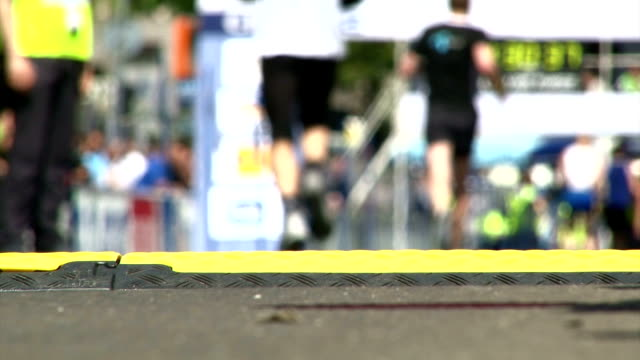 Marathon, finish line video