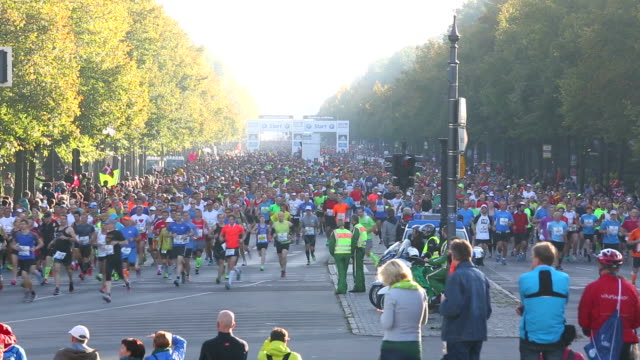Marathon running in Berlin + Audio video