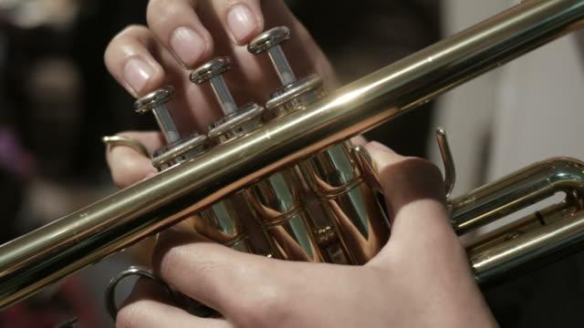 Mariachi trumpet player video