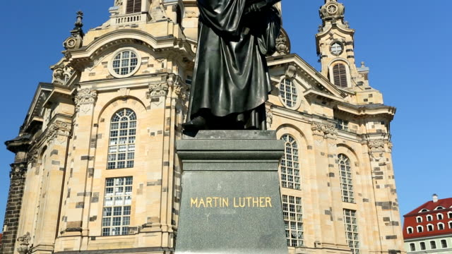 Martin Luther statue in Dresden video