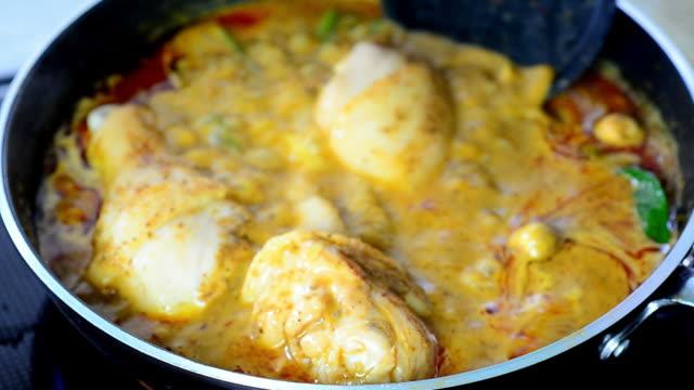 マサマン - インド料理点の映像素材/bロール