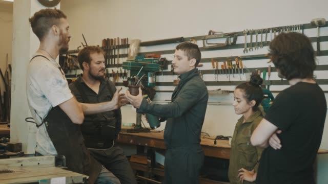 Mate break in a small workshop (slow motion)