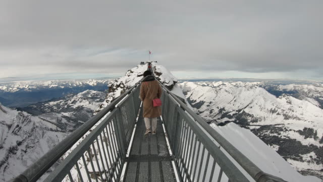 paesaggio montano del cervino - monti appalachi video stock e b–roll