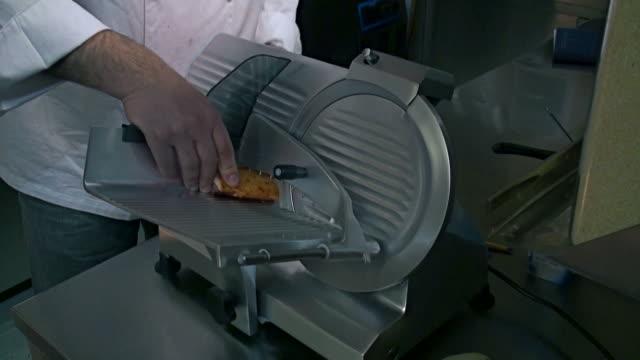 meat slicing machine video