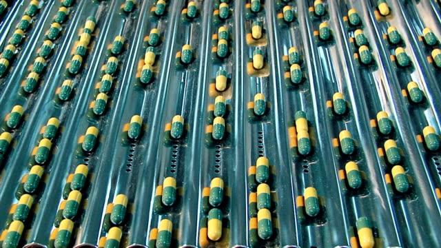 vídeos y material grabado en eventos de stock de medical cápsula de - cápsula