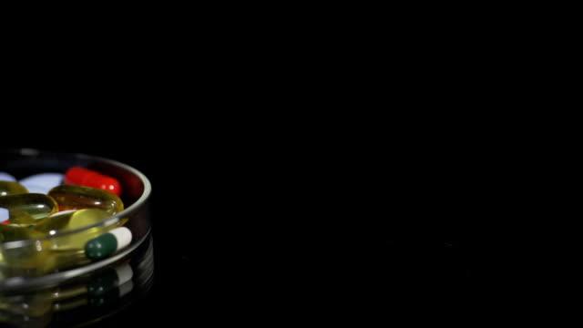HD DOLLY: Medicaments In A Petri Dish video