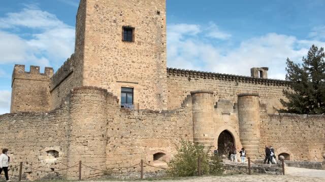 vídeos de stock e filmes b-roll de medieval castle. - dia de reis
